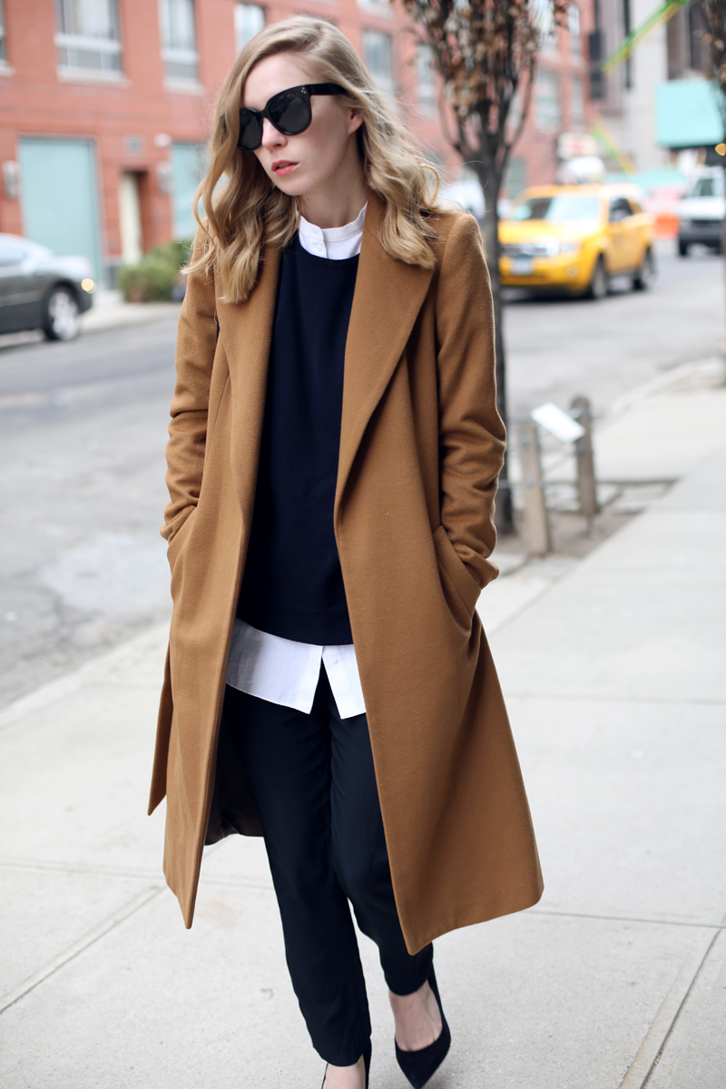streetstyle-camel-coat-outfit
