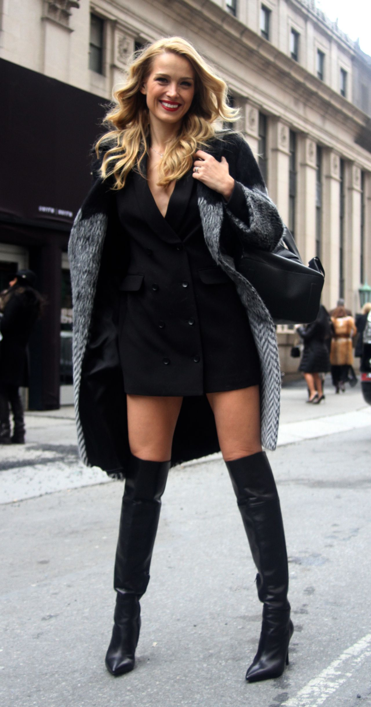 petra-nemcova-style-out-in-manhattan-2-12-2016-12